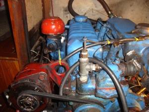 engine and stuff 001